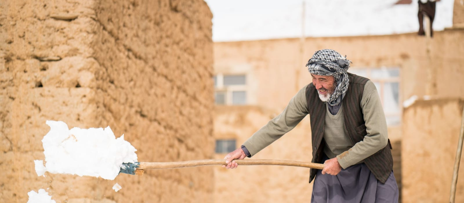 Afghanaid and the UN help families prepare for the harsh winter