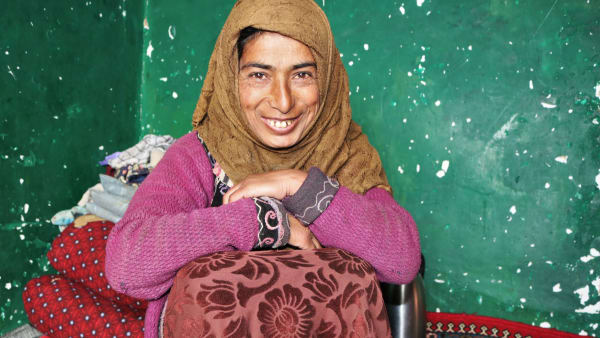 A single mother displaced by conflict gets help to survive the winter
